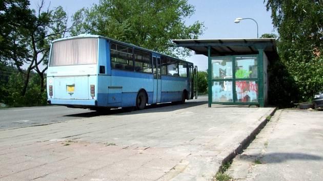 Pro účely legálního sprejerství by měla posloužit autobusová zastávka.