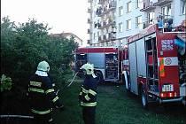 SDH Moravské Budějovice zveřejnil na svém webu i fotografie ze zásahu z 12. června, kdy někdo úmyslně zapálil zahradní chatku.