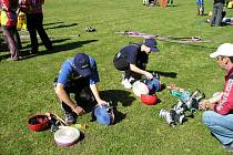 Sbor dobrovolných hasičů je velmi aktivní. Jednak je neustále připraven s profesionály chránit majetky lidí, zároveň vydatně pracuje s mládeží.