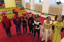 Děti si užily maškarní rej ve školce