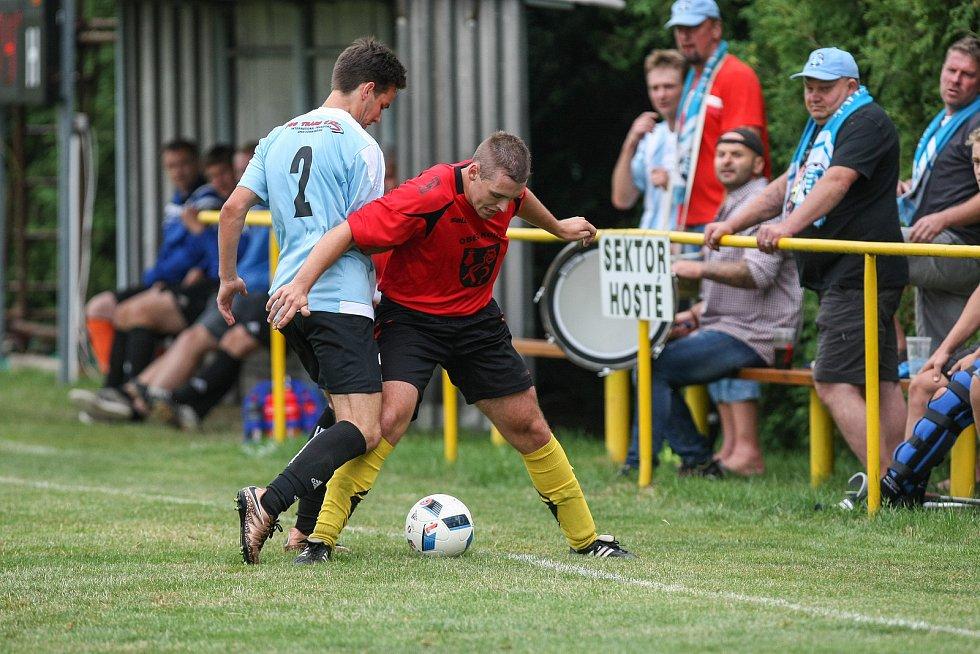 Fotbalové utkání mezi TJ Sokol Kouty a TJ Sokol Košetice.