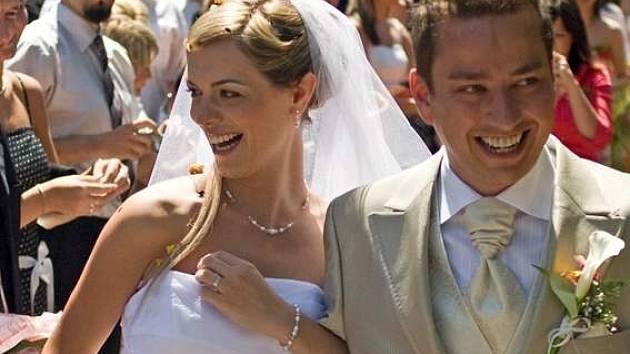 Petra Bende  a jeho manželka Zuzana očekávají svého prvního potomka.