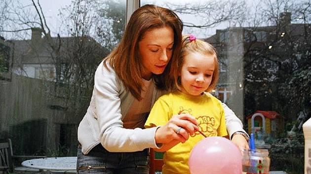 Au-pair je jednou z možností, jak si vydělávájí studenti v zahraničí.