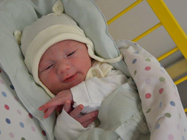 Tadeáš Čeloud, Dědice, 8. února 2016, 3100 g, 49 cm.