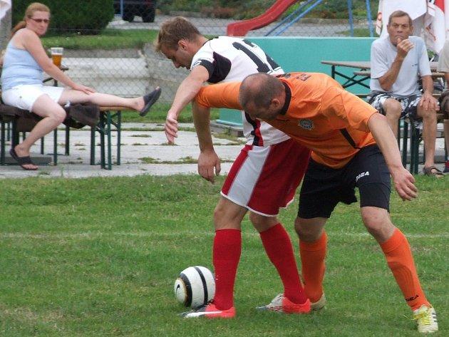 Pohár pro Třebelovice: Rouchovany si vstřelily dva vlastní góly