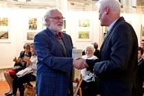 Seniory přišel pozdravit patron projektu, herec a třebíčský rodák Miloslav Mejzlík.