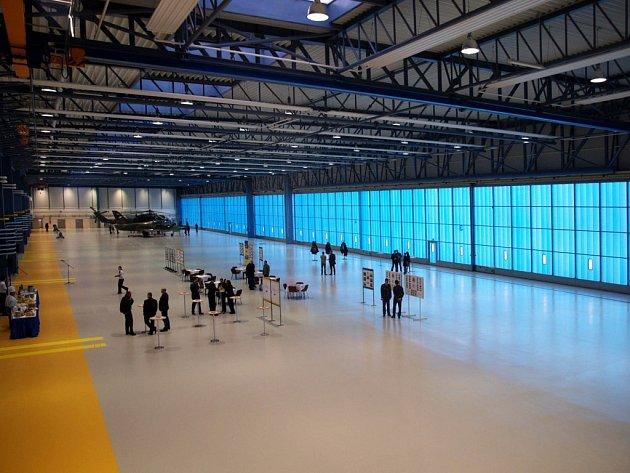 Nový hangár