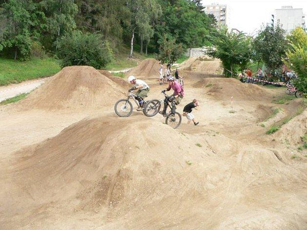Třebíčští studenti získali na stavbu volnočasového parku 60 tisíc korun.