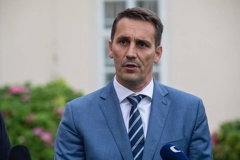 Bohdan Zronek na tiskové konferenci vicepremiéra Karla Havlíčka k dostavbě Jaderné elektrárny Dukovany na zámku v Dukovanech, 27. 8. 2020.