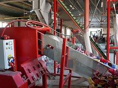 Odpadní plasty zažijí reinkarnaci. Novou technologii vymyslela třebíčská firma
