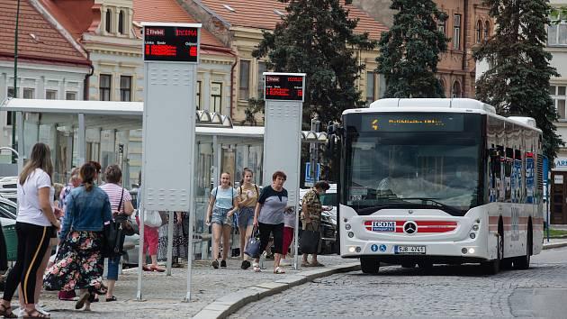 Opravy Karlova náměstí v Třebíči vystrnadí městské autobusy