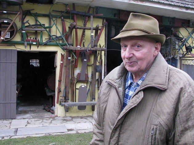 František Kopeček založil na statku v Příložanech Rolnické muzeum