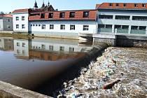 Na některých místech překonala řeka Jihlava stupně povodňové aktivity.