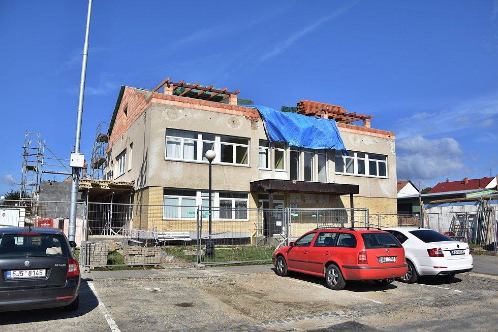 Radnice nyní začala s rozsáhlou rekonstrukcí místního zdravotnického střediska