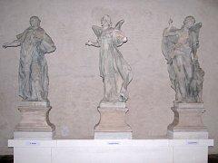 Zpestřením prohlídky náměšťského zámku byla o víkendu možnost nahlédnout do takzvané Luteránky. Tam jsou momentálně uskladněny originály soch z náměšťského mostu.