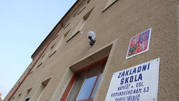 Základní škola v náměšťské Komenského ulici.