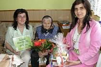 Antonie Nevrklová z Bačkovic u Jemnice v neděli 2. května oslavila úctyhodných 105 let.