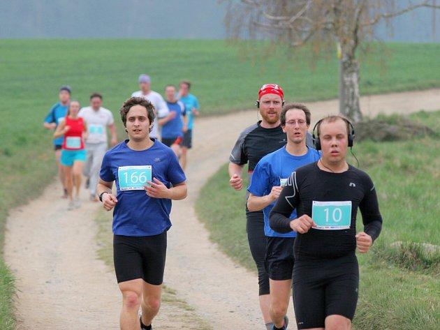 Dvě stě padesát závodníků se o víkendu zúčastnilo druhého ročníku Třebíčského půlmaratonu.
