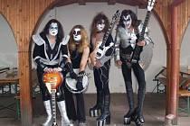 KISS. Revivalová skupina Kiss Czech Company odehraje den první koncert jarního turné.