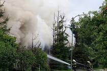 K požáru ve čtvrti Horka-Domky v Třebíči museli ve středu ráno vyjíždět hasiči. Přibližně o tři čtvrtě na sedm tam hořel bývalý Dům dětí a mládeže ve Švabinského ulici.