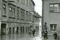 Povodně v třebíčské židovské čtvrti v roce 1985.