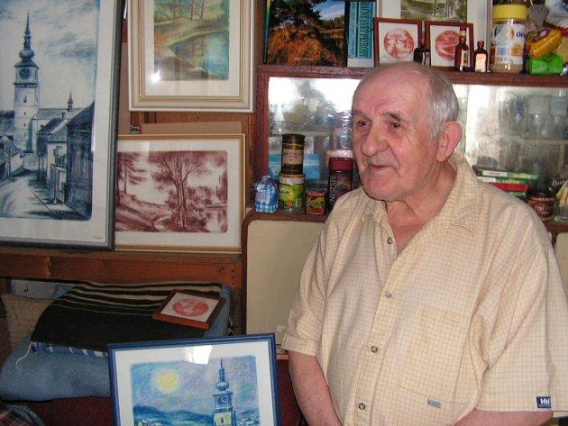 Akademický malíř Vlastimil Toman.