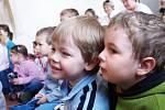 Žáci ze Základní školy na Václavském náměstí zahráli divadlo.