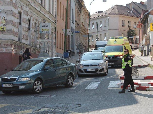 Zavřela se další ulice v Třebíči. A centrum je chvílemi blízko kolapsu