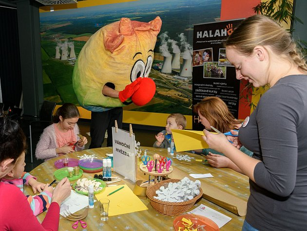 Téměř 400 návštěvníků dorazilo na adventní víkend do dukovanského infocentra