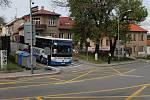 Uzavírka v Třebíči a její dopady. U viaduktu u vlakového nádraží.