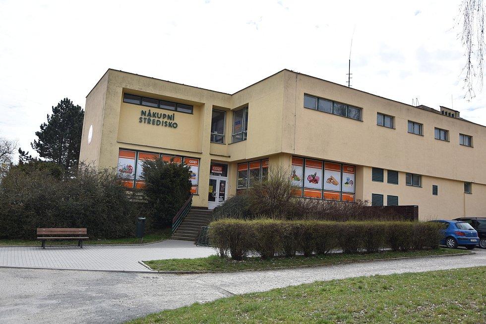 Nákupní středisko v Hrotovicích