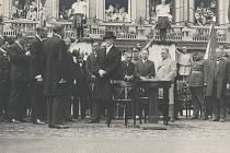 Prvního československého prezidenta přivítala Třebíč v roce 1928.