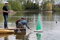 Třebíčští modeláři zahájí letošní sezonu v sobotu od 13 hodin na rybníku Kuchyňka.
