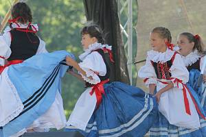 Hrotovicko tančí