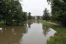 Na Jaroměřicku po vydatných deštích vystoupala hladina koryta Rokytné i Štěpánovického potoka.