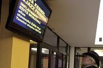 Zbrusu nové obrazovky si mohou všimnout návštěvníci kulturního centra Pasáž.