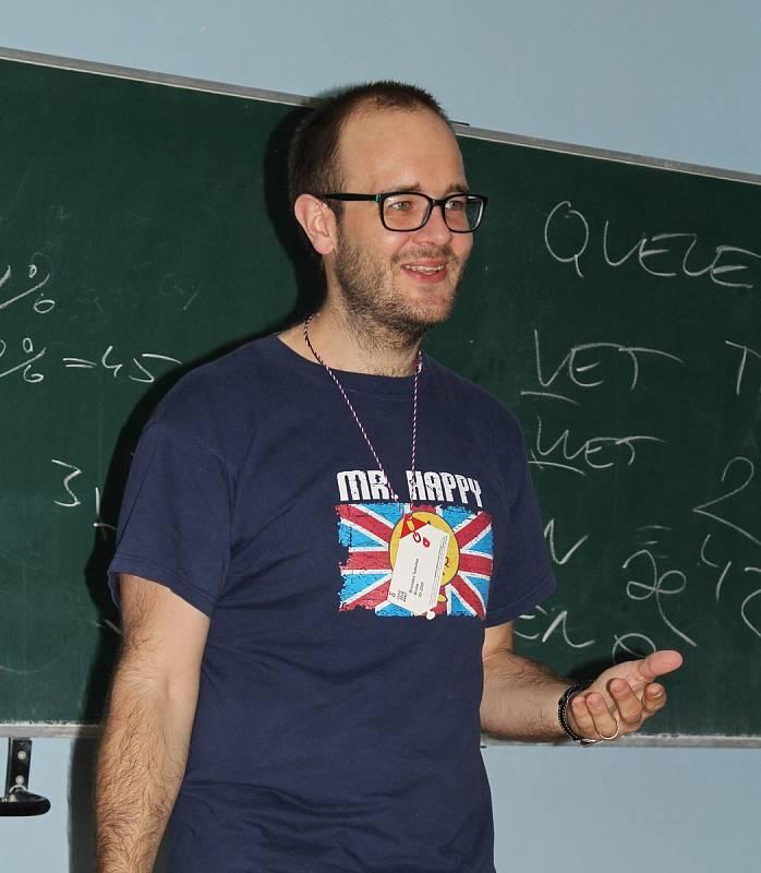 Učitel angličtiny Bronislav Sobotka.