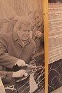 Výstavu Pomalu začalo být zase dobře je nyní možné vidět v zámeckých konírnách v Moravských Budějovicích. Její součástí jsou vzpomínky vystěhovaných českých Němců, předměty, které se vážou k jejich nucenému odchodu z Československa, a také to, čím si dodn