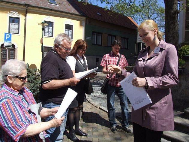 Třebíč - Takto vypadala páteční praktická maturitní zkouška z Hotelové školy Třebíč, kde zkoušky dospělosti skládali studenti v oboru cestovní ruch.