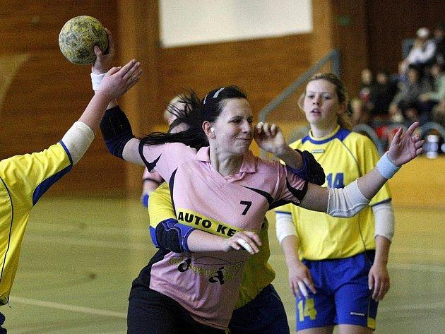 Házenkářky Spartaku Třebíč hrají nejvyšší soutěž starších dorostenek v České republice.