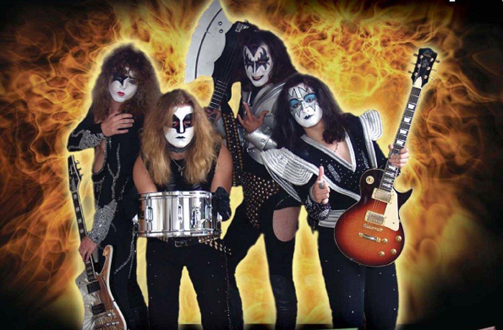 Kiss Czech Company, revivalová skupina z Opatova.