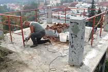 Jednu z dominant Hrádku, Masarykovu vyhlídku, nechává třebíčská radnice právě v těchto dnech kompletně opravit.