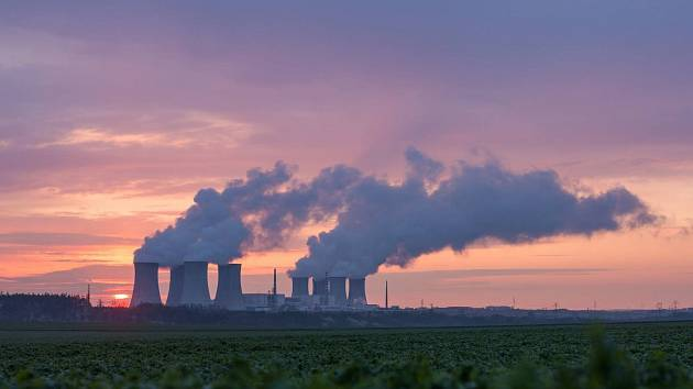 Jaderná elektrárna Dukovany.