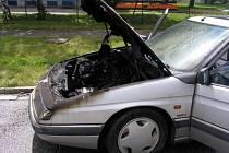 Požár auta na Vysočině.
