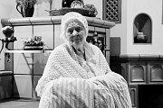 Fotografie pro kalendář seniorů z Mitrova nafotila Jana Pišínová, studentka ze Strážku, pro kterou je fotografování dlouholetý koníček.