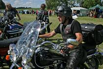 Stovky motocyklů, více než dva tisíce účastníků z Česka i zahraničí.