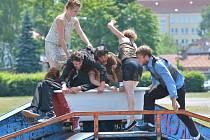 Projekt TraffiC francouzského choreografa Dominica Boivina a v Čechách žijícího Pierra Nadauda rozpohyboval prostory žďárského skate parku u zimního stadionu.