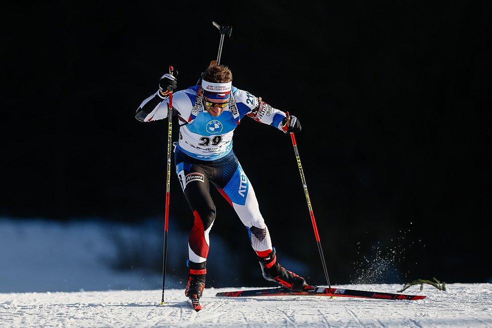 Milan Žemlička v závodu Světového poháru v biatlonu v závodu sprintu mužů na 10 km.