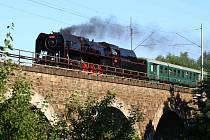 Žďárskem projel parní vlak.