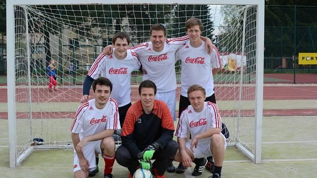 Dvacátý ročník La Bomba Cupu vyhrálo poprvé v historii družstvo Los Galacticos.